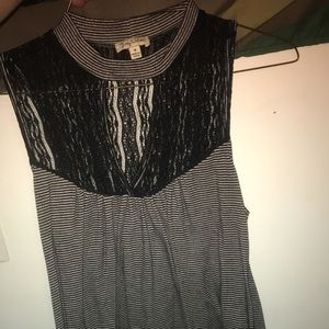 Black and white tank top with keyhole neck